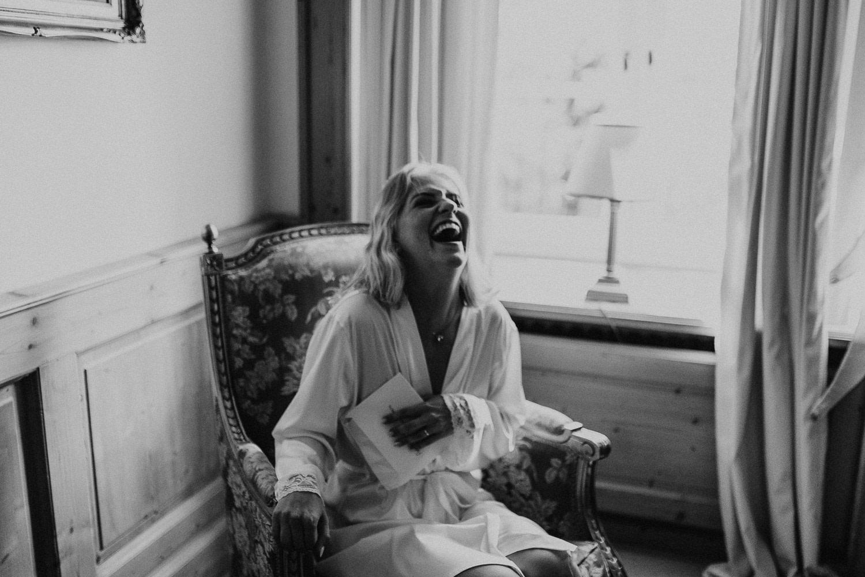 love letter, liebesbrief, hochzeit, getting ready, braut, bride, laughter, laughing, lachen
