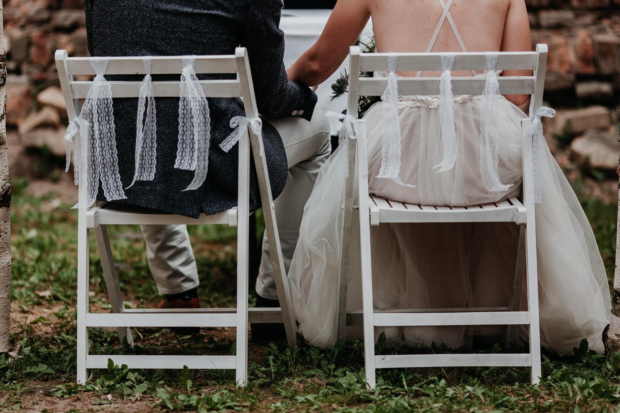 boho wedding, hochzeit berlin, braut, groom, bride, bräutigam, trauung, freie trauung, ceremony, chairs, chair decor